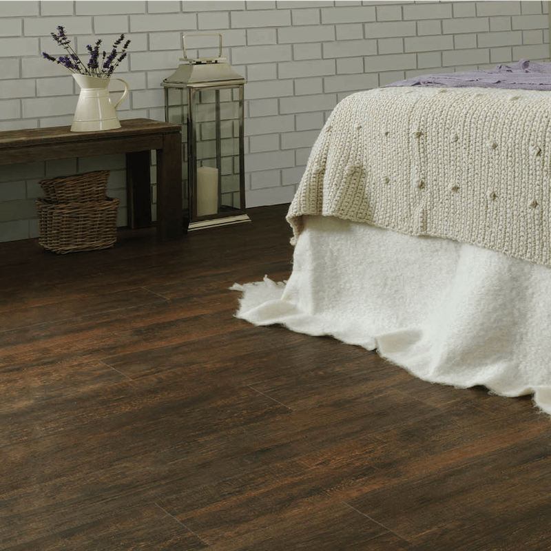 Russdaleslaminate flooring russdales for Laminate flooring enfield