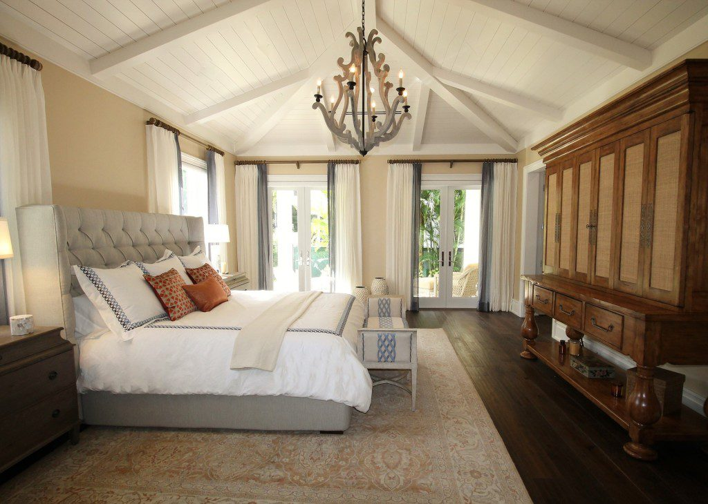 bedroom-1281580_1920