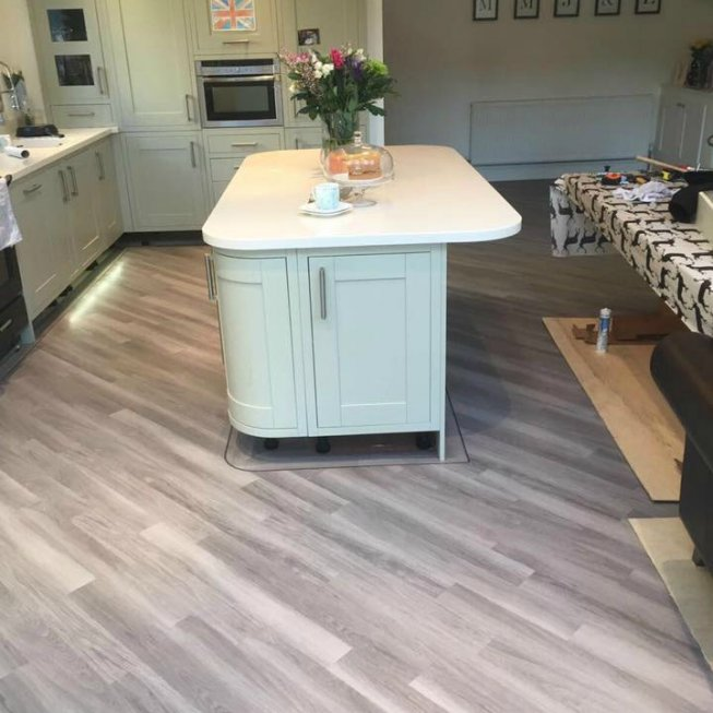 Amtico Spacia in Nordic Oak in a Kitchen