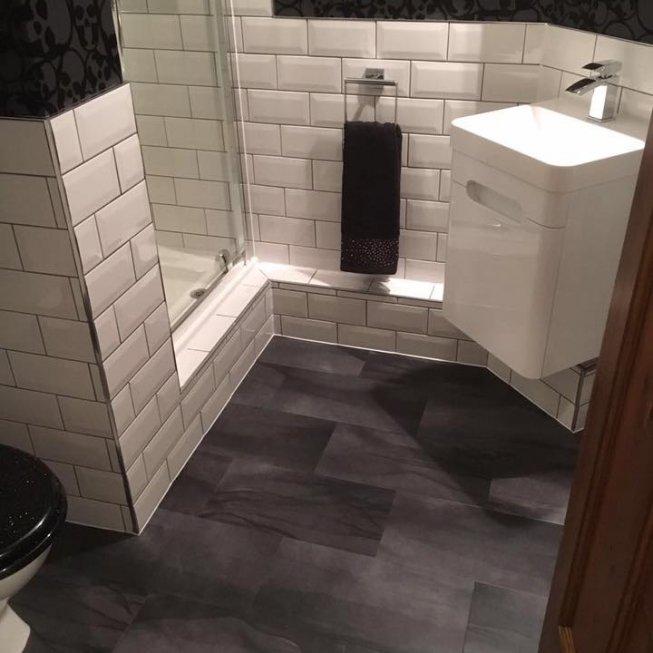 Amtico Umbra Eclipse in Bathroom