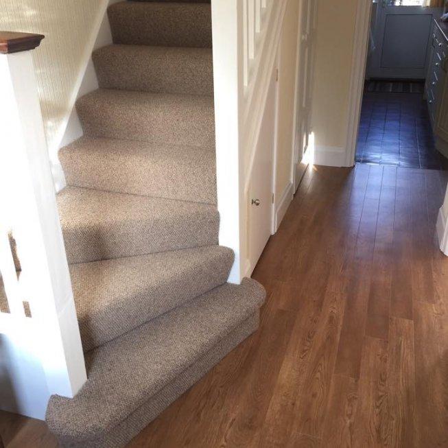 Wool Loop Textured Carpet